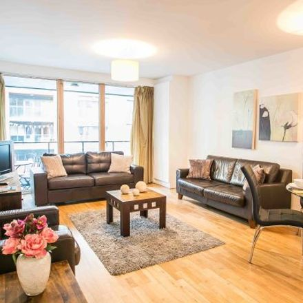 Rent this 3 bed apartment on Hanover Riverside in 78-96;23-50 Sir John Rogerson's Quay, Dublin Docklands