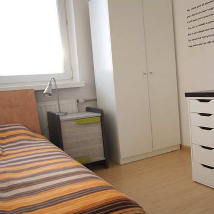 Rent this 4 bed room on Puławska 234 in 02-670 Warsaw, Poland
