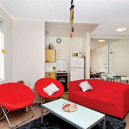Rent this 1 bed room on 3/6 Isabel Street