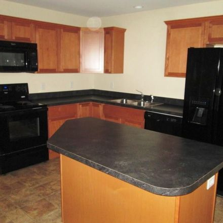 Rent this 3 bed townhouse on Pamelia Ave in Watertown, NY