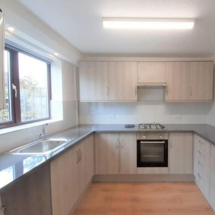 Rent this 3 bed house on Oriental Express in Beaufoy Close, Shaftesbury SP7 8PT