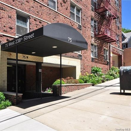 Rent this 1 bed condo on W 238th St in Bronx, NY