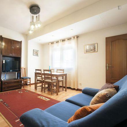 Rent this 1 bed apartment on Escuela infantil municipal Luis Bello in Calle de Juan Bautista de Toledo, 5