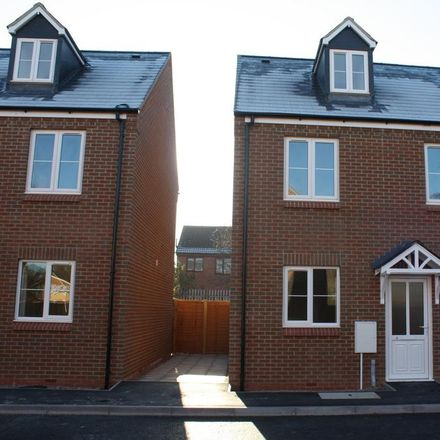 Rent this 6 bed house on 3 Templars' Fields in Coventry CV4 8FR, United Kingdom