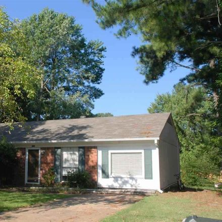 Rent this 3 bed apartment on Greencliff Rd in Collierville, TN