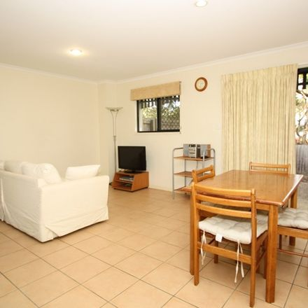 Rent this 3 bed townhouse on 27 Aberleigh Road