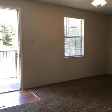 Rent this 2 bed duplex on 1607 Voirin Road in Irving, TX 75061