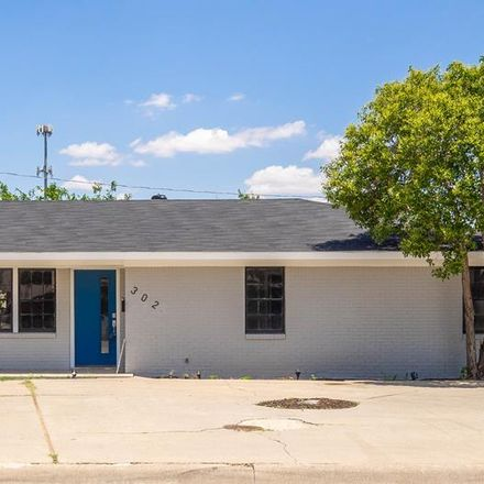 Rent this 3 bed apartment on 302 Kessler Avenue in Midland, TX 79701