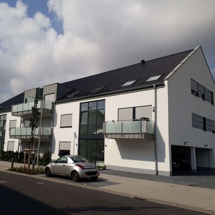 Rent this 3 bed loft on Xantener Allee 52a in 41812 Erkelenz, Germany