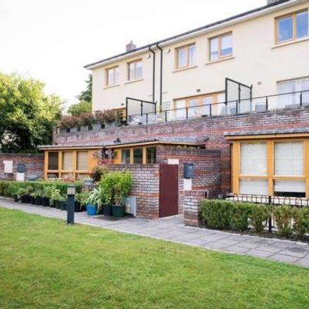 Rent this 2 bed apartment on 17-35 Kelston Avenue in Galloping Green South, Dublin 18