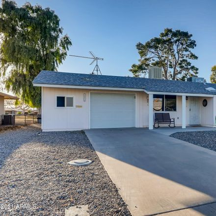 Rent this 2 bed house on North 105th Avenue in Sun City, AZ 85351