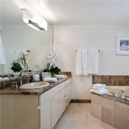 Rent this 2 bed loft on 1344 Manhattan Avenue in Hermosa Beach, CA 90254