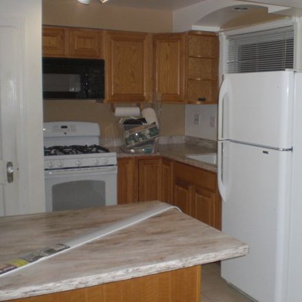 Rent this 2 bed townhouse on 1776 Orchard Street in Des Plaines, IL 60018