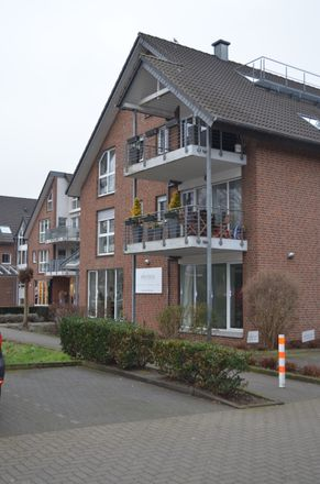 Rent this 1 bed apartment on Alte Weseler Straße 18 in 46569 Hünxe, Germany