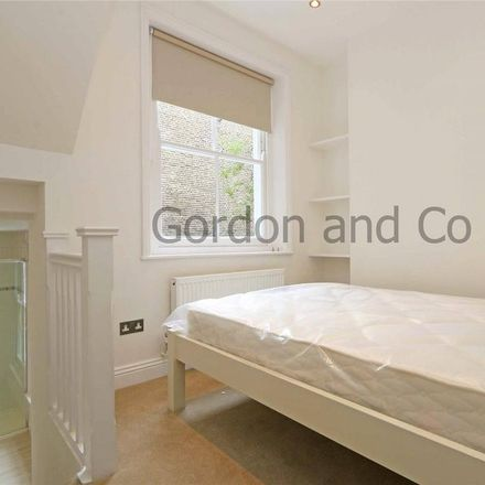 Rent this 1 bed apartment on Barclays in Saint John's Hill, London SW11 1SA