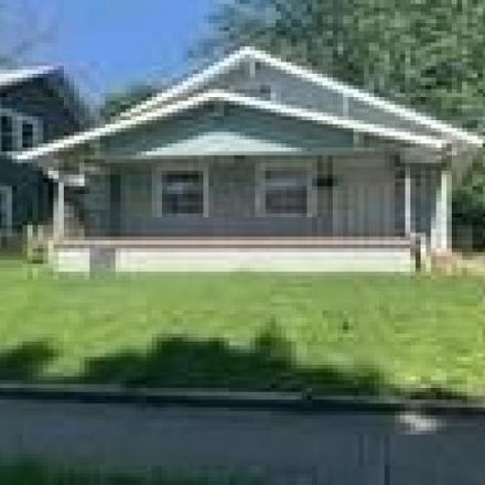 Rent this 3 bed house on 803 North Gladstone Avenue in Indianapolis, IN 46201