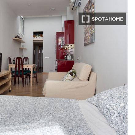 Rent this 2 bed apartment on Carrer de la Indústria in 157, 08037 Barcelona