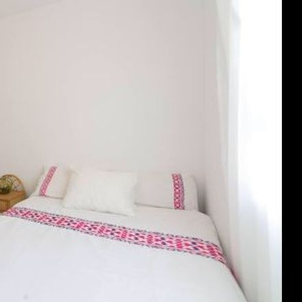 Rent this 1 bed room on Málaga in San Felipe Neri, ANDALUSIA