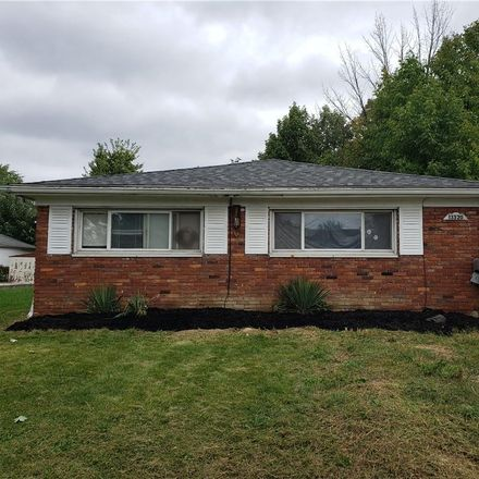 Rent this 2 bed duplex on 13320 Kirton Avenue in Cleveland, OH 44135