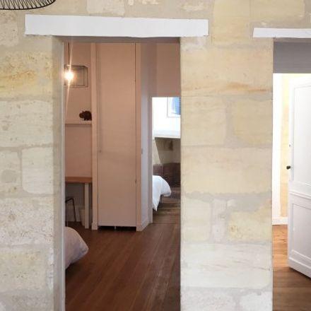 Rent this 2 bed apartment on 98 Cours de l'Argonne in 33000 Bordeaux, France