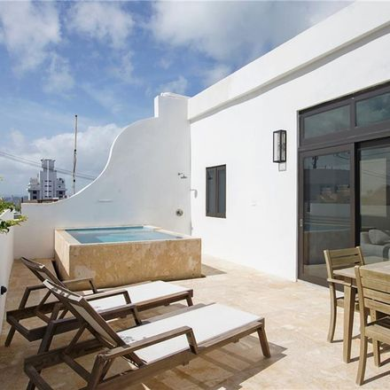 Rent this 4 bed apartment on Cll Olot in San Juan, PR