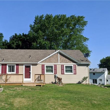 Rent this 3 bed house on 18 Yosemite Circle in Henrietta Town, NY 14586