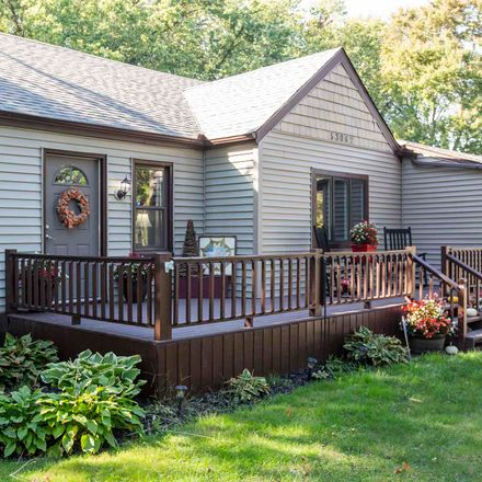 Rent this 3 bed house on Arnold St in South Bend, IN