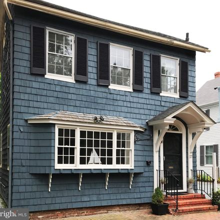 Rent this 3 bed house on 27 South Harrison Street in Easton, MD 21601