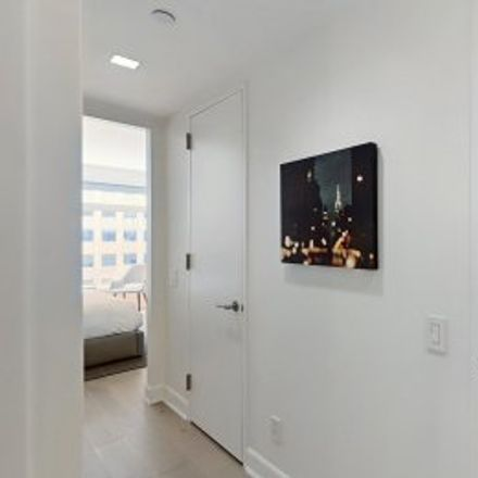 Rent this 1 bed apartment on #5H in 400 East 67th Street, Central Park West Historic District