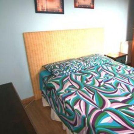Rent this 2 bed room on Carrer de Rabassa in 63, 08024 Barcelona
