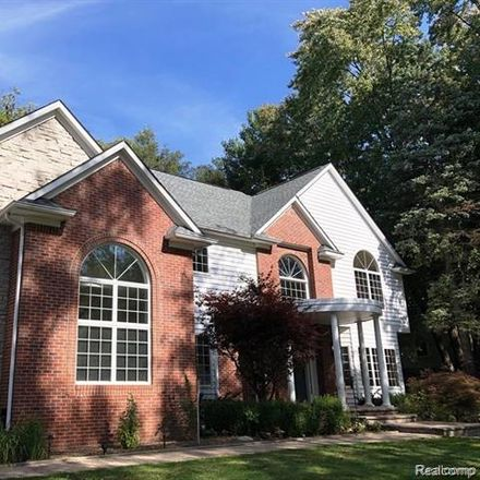 Rent this 4 bed house on 807 Thorntree Ct in Bloomfield Hills, MI