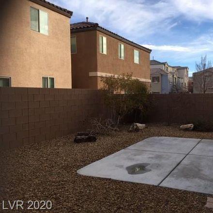 Rent this 3 bed loft on Las Vegas