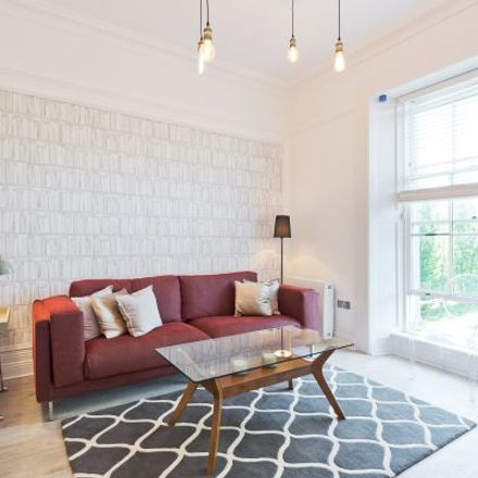 Rent this 4 bed apartment on 58 Leeson Street Upper in Rathmines East A ED, Dublin