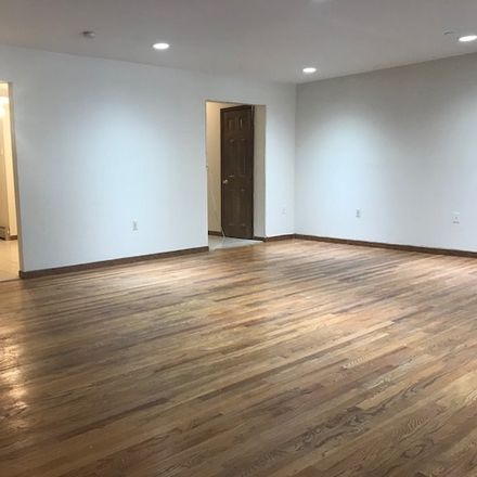 Rent this 3 bed apartment on 260 Broadway in Bayonne, NJ 07002