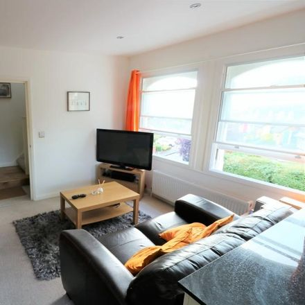 Rent this 1 bed apartment on 31 Thicket Road in London SE20 8DB, United Kingdom