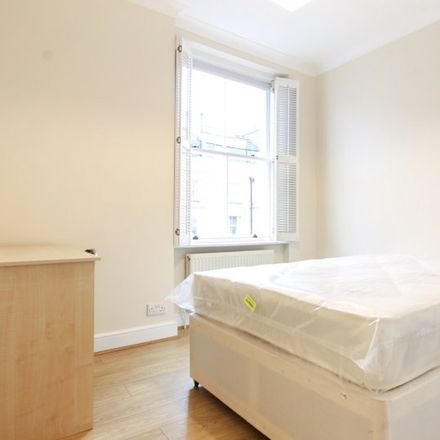 Rent this 3 bed apartment on Moscow Mansions in 224 Cromwell Road, London SW5 0SP