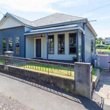 Rent this 4 bed house on 70 Thistle Street
