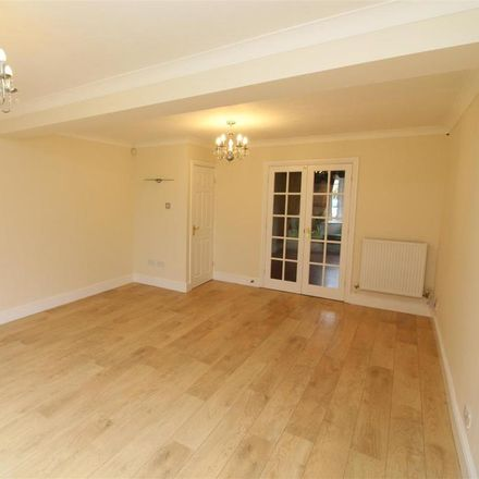 Rent this 4 bed house on Ellis Park Drive in Coventry CV3 2UG, United Kingdom