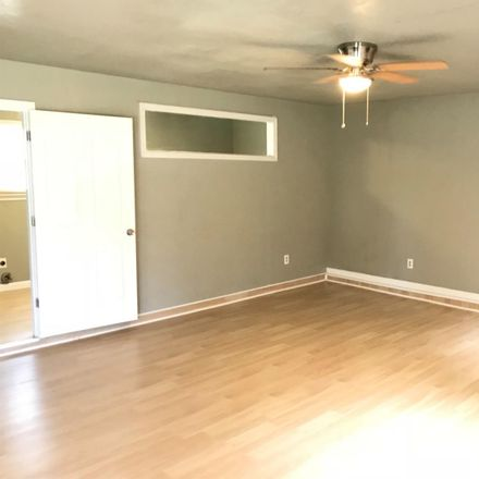Rent this 5 bed house on 1932 69th Street in Lubbock, TX 79412