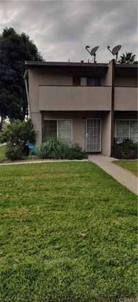 Rent this 2 bed condo on 521 South Lyon Street in Santa Ana, CA 92701