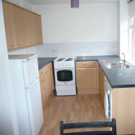 Rent this 1 bed apartment on Berkeley Court in Elmbridge KT13 9HT, United Kingdom
