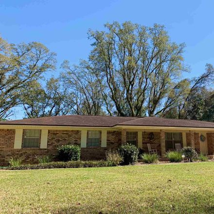 Rent this 4 bed house on Hamilton Ln in Milton, FL