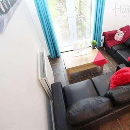 Rent this 4 bed house on Beeches Hollow in Sheffield S2 3QY, United Kingdom