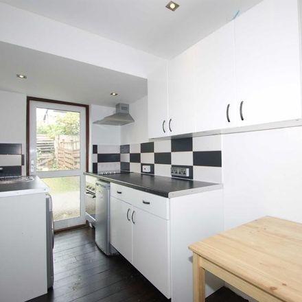 Rent this 4 bed house on Braid Avenue in London W3 7TU, United Kingdom