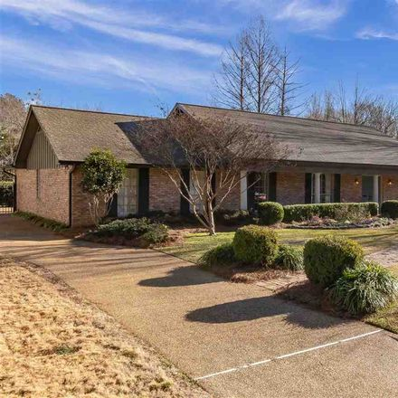 Rent this 3 bed house on 4412 Woodlark Drive in Jackson, MS 39211