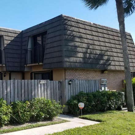 Rent this 2 bed townhouse on 703 7th Way in West Palm Beach, FL 33407