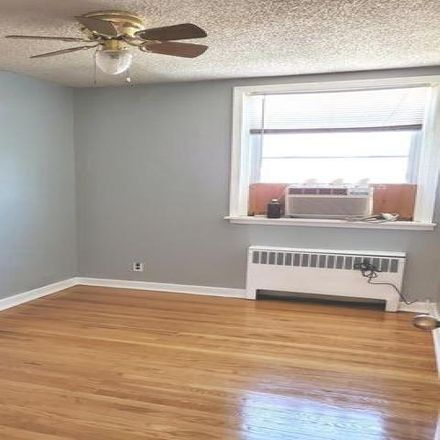 Rent this 3 bed condo on 2281 Disston Street in Philadelphia, PA 19149
