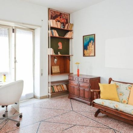 Rent this 4 bed apartment on Daniel Gelo in Via Gabriello Chiabrera, 40;42