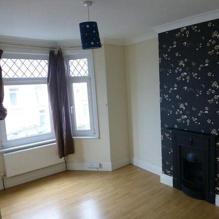 Rent this 3 bed house on Llandybie Road in Ammanford SA18 2EE, United Kingdom
