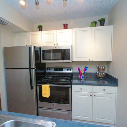 Rent this 3 bed apartment on 2228 Hemerick Place in Clearwater, FL 33765